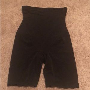 black small s booty lift tummy control shapewear